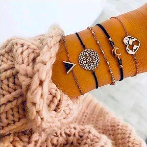 ⚜️[𝟯/$𝟮𝟴]⚜️5 Layered Marble Bracelets Set NEW